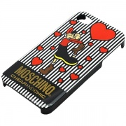 Чехол Moschino Hearts Cheap Χc Collection для iPhone 5